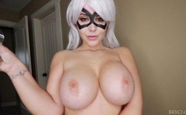 Tetona Bryci haciendo el cosplay xxx de catwoman