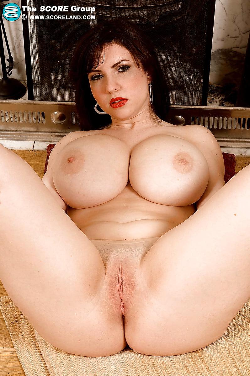 Karina Hart porno desnuda
