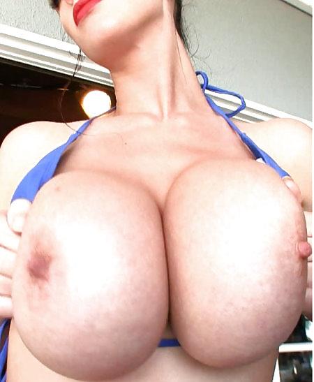Lana Kendrick boobs